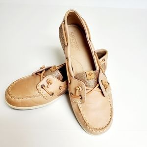 SPERRY BOAT SHOE WITH ROSE GOLD INSET